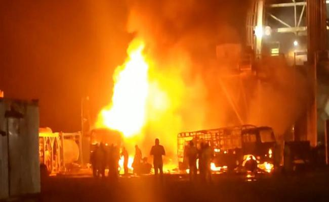 Fire Accident At ONGC Site In East Godavari District - Sakshi