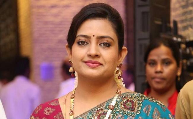 Actress Indraja Reveals Her Love Marriage Story - Sakshi