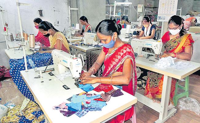 Sircilla Women Stitching Colourful Face Masks to Fight COVID 19 - Sakshi