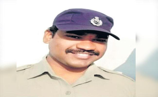 Panjagutta Constable Died Due To Covid - Sakshi