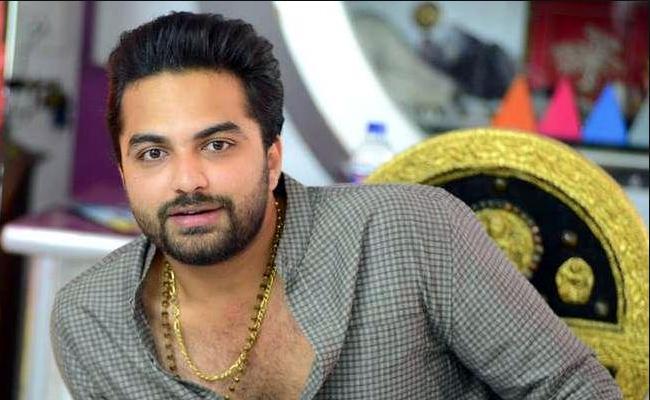 Vishwak Sen Gets Threats From Fan Over Chit Chat On Instagram - Sakshi