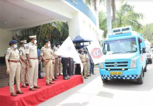 Hyderabad Police Launches Free Ambulance Service In Hyderabad - Sakshi