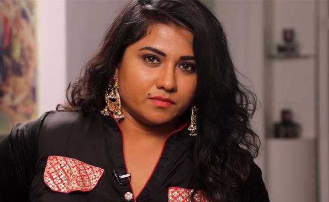 Actress Jyothi Said About Pawan Kalyan On Shooting Sets - Sakshi