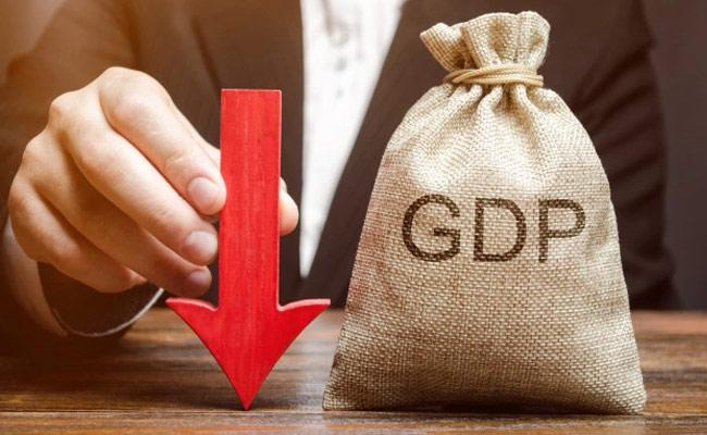 Oxford Economics lowers India 2021 GDP growth forecast to 10 2 pc - Sakshi
