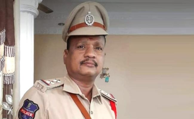 Kamareddy Sub Inspector Deceased of Coronavirus - Sakshi