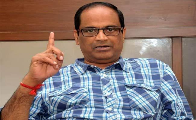 Manipulation In The Jubileehills Society Govt Must Take Action Kethireddy - Sakshi