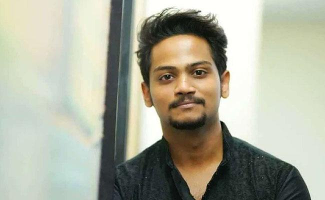 Youtube Star Shanmukh Jaswanth Monthly Income Will Leave You In Shock - Sakshi