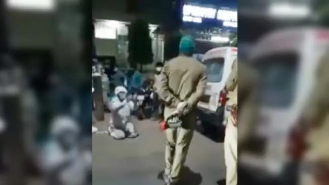 Agra Man Begs Cops Not To Take Away Oxygen Cylinder - Sakshi