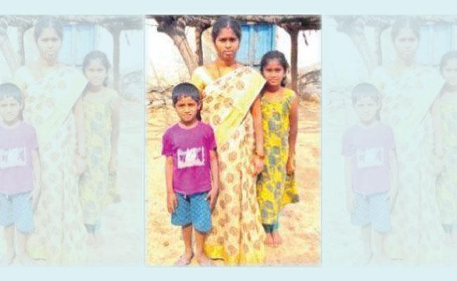 Jagtial Man Stranded in Gulf Without Passport Get Relief - Sakshi
