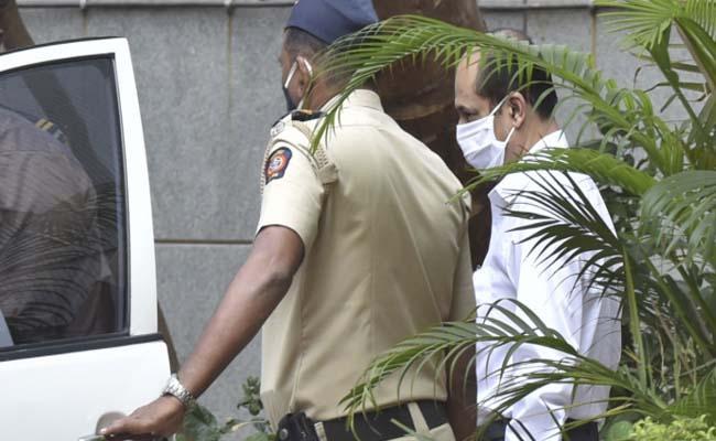 Sachin Waze's NIA custody extended till April 7 - Sakshi
