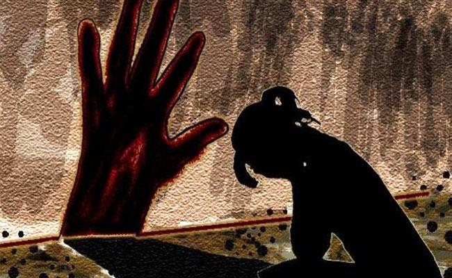60 Year Old Man Attempt To Rape on Minor Girl In Suryapet District  - Sakshi