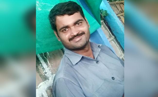 Dumb Man Died With Heart Attack In Karimnagar - Sakshi