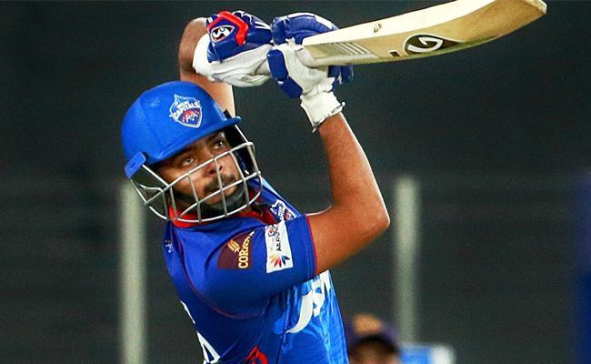 Delhi Capitals beat Kolkata Knight Riders by 7 wickets - Sakshi