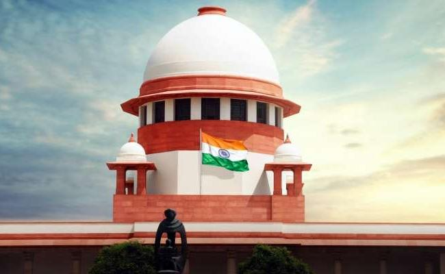 Covid-19 Dont clamp down on citizens grievances on social media: SC - Sakshi