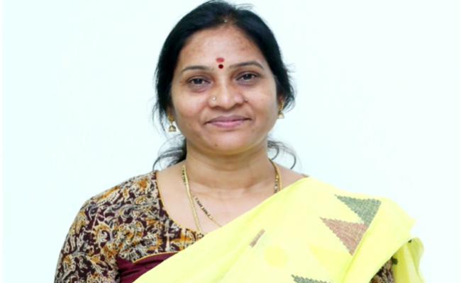 Indira Shoban Letter To Governor Tamilisai Over Coronavirus - Sakshi