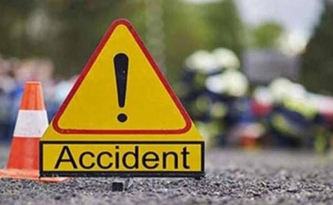 Degree Student Assassinated In Road Accident - Sakshi
