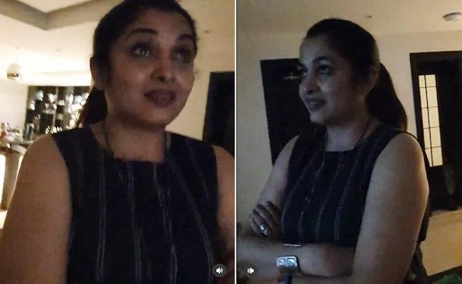 Ramya Krishnan Gets Emotional While Watch Rekha Performance - Sakshi