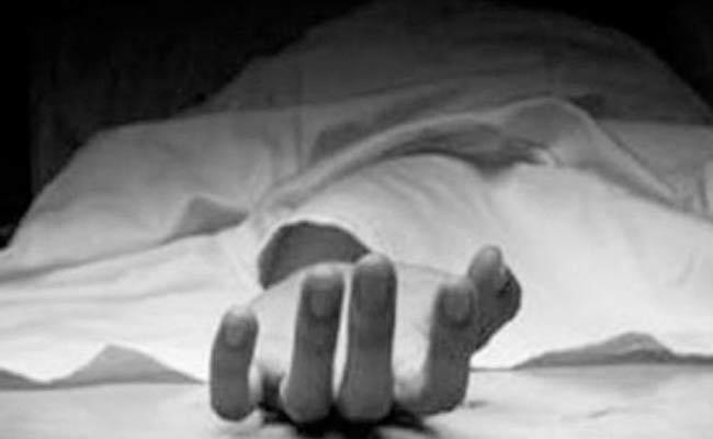 Elder Brother Assassinate Younger In Visakhapatnam District - Sakshi
