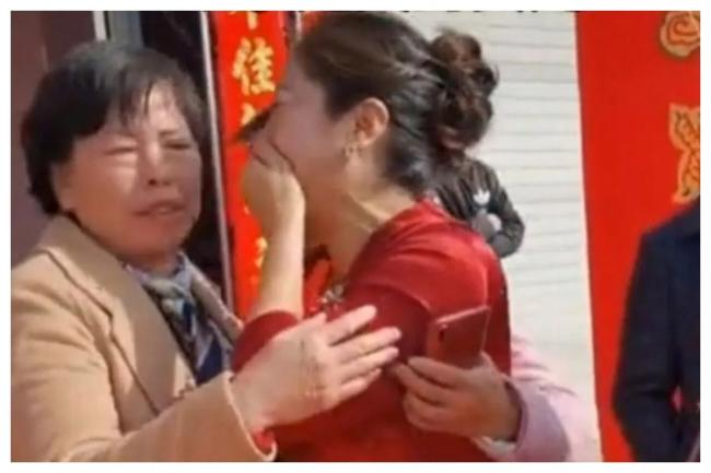 Woman Finds Out Son Bride Is Her Long Lost Daughter on Their Wedding Day - Sakshi