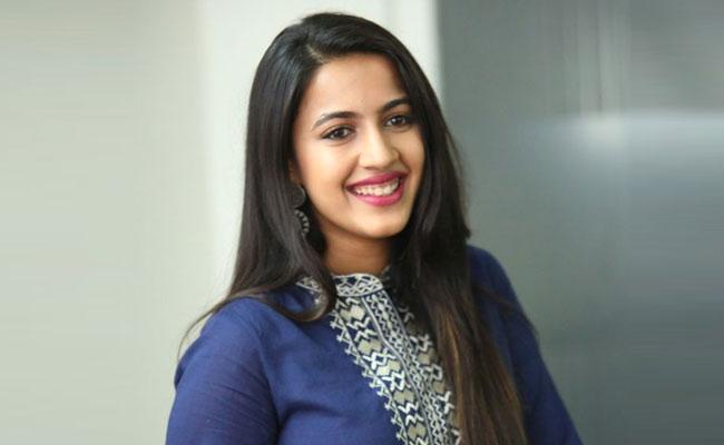 Niharika Got Sweet Compliments From Her Husband For A Instagram Post - Sakshi