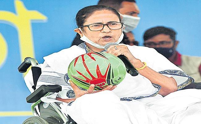 Assembly Elections 2021: Mamata Banerjee Attacks On PM Modi - Sakshi