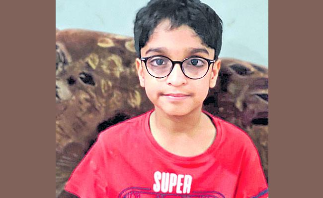 Special Story About Shourya From Hyderabad Public School - Sakshi