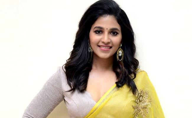 heroine anjali tests positive for covid-19 - Sakshi