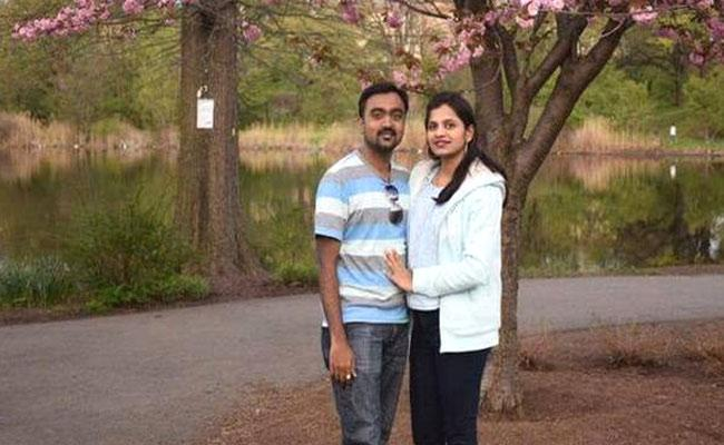 Indian Couple Found Dead In USA After Their 4 Years Girl Seen Crying - Sakshi