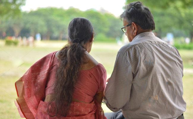 Old Couple To Get Married Soon Blessings Of Families Mysore - Sakshi