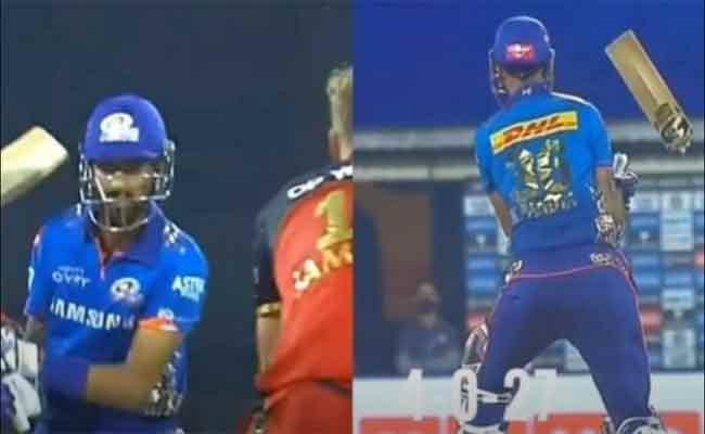 IPL 2021: Krunal Pandya Bat Broken By Kyle Jamieson Powerful Yorker - Sakshi