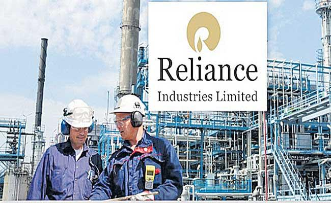 RIL Q4 Profit More Than Doubles To Rs 13,227 Crore - Sakshi
