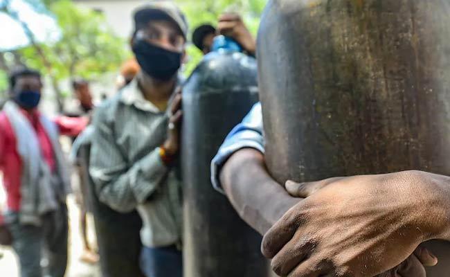 No Oxygen 5 Covida Patients Died In Kurnool - Sakshi
