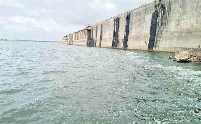 Geomembrane Treatment For Ahobilam Reservoir - Sakshi