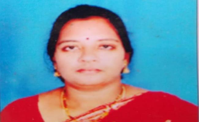 Ap: Cm Ys Jagan Announces Ex Gratia Lakshmi Family Who Deceased Corona - Sakshi