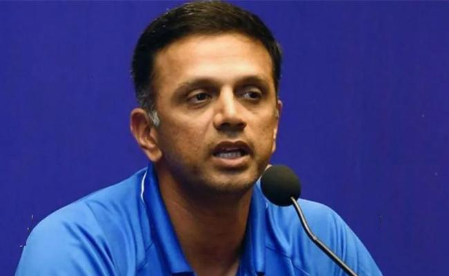 Rahul Dravid Predicted Team India Can Win Test Series Against England - Sakshi