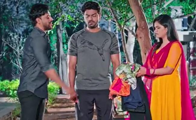 Devatha Serial : A Shocker For Satya And Adithya - Sakshi