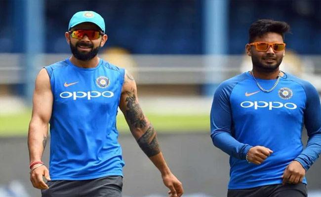 Aakash Chopra IPL 2021 Team XI Rishab Pant As Captain No Place For Kohli - Sakshi