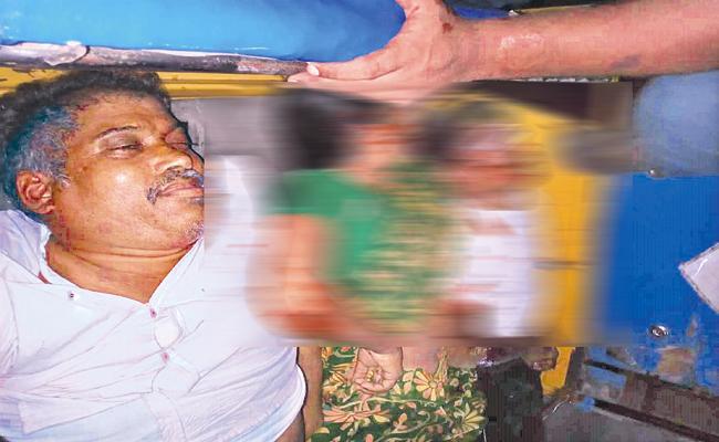 Three People Deceased In Road Accident At Phirangipuram - Sakshi
