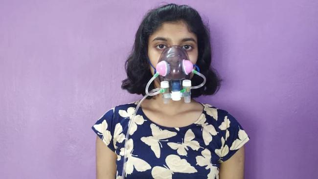 Class 12 Bengal Student Says Her Mask Can Kill Coronavirus - Sakshi