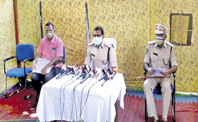Two arrested in Mamillapalli blast case - Sakshi