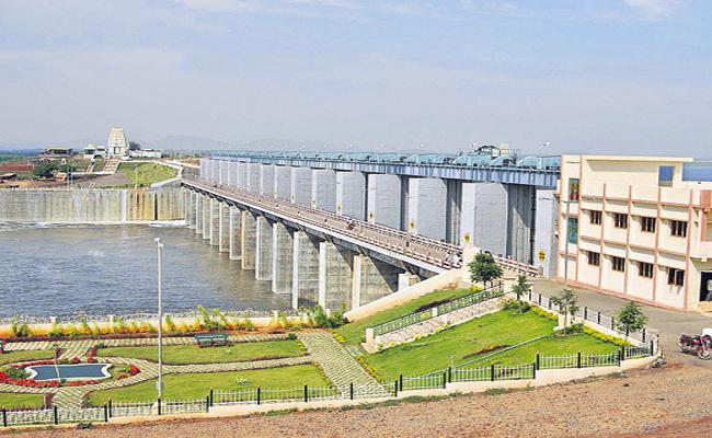 Water in Kharif for the remaining strategic area of 7 AIBP projects - Sakshi