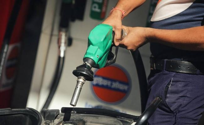 Petrol breaches Rs 100 per litre for the first time in Bhopal - Sakshi