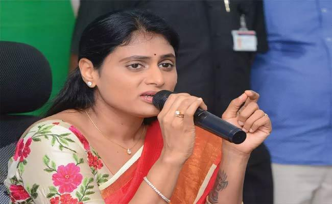 YS Sharmila Question Kcr About 108 Ambulance - Sakshi