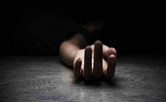 Inter Student Commits Suicide In East Godavari - Sakshi