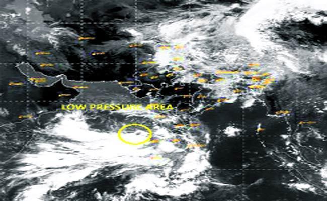 Cyclone Alert Tauktae Looming - Sakshi