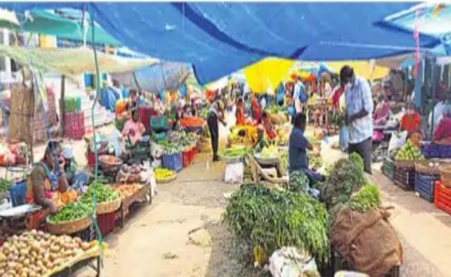 Corona Effect On Hawkers In Hyderabad - Sakshi