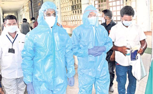 MP Bandi Sanjay Slams TRS Government Over Situation Warangal MGM - Sakshi