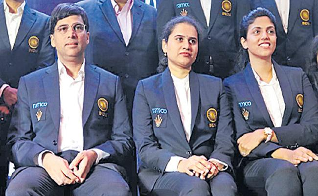 Indian Chess Stars Donated 37 Lakhs To Fight Against Covid 19 - Sakshi