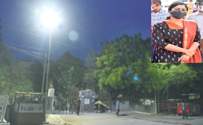 Vijayendra Boyi: Development Programs In King Koti District Hospital - Sakshi