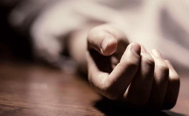 Woman Trying To Assassinate Husband In Chennai - Sakshi